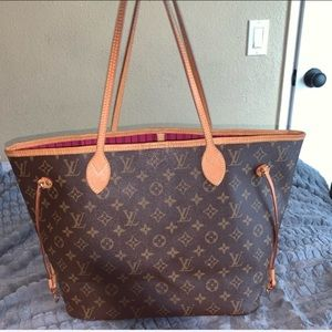 Neverfull MM w Pink interior